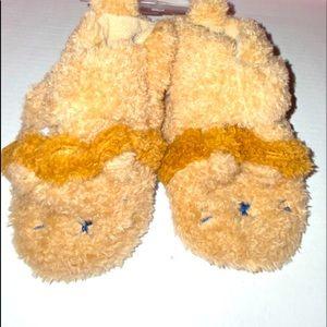 Carter's Newborn Cute Fuzzy Slippers